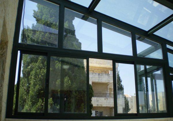 סגירת מרפסות בירושלים